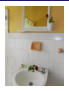 Washbasin of 1st bathroom